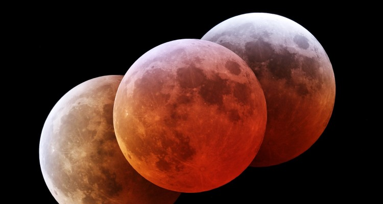 Blood-moon_OMTimes