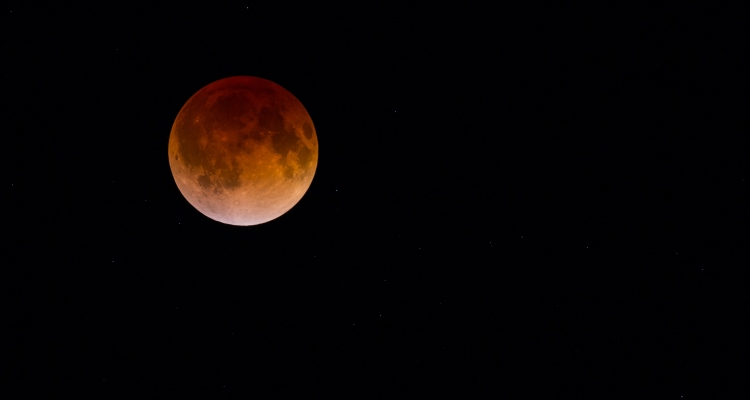 blood moon lunar eclipse virgo - photo #2